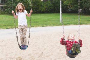 Handicap en milieu scolaire Enfant jeu récréation école scolarisation